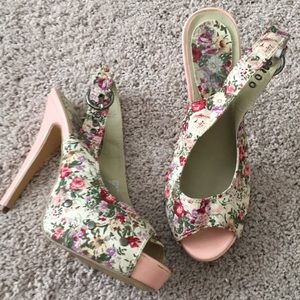 Shoes - Floral and pink heels